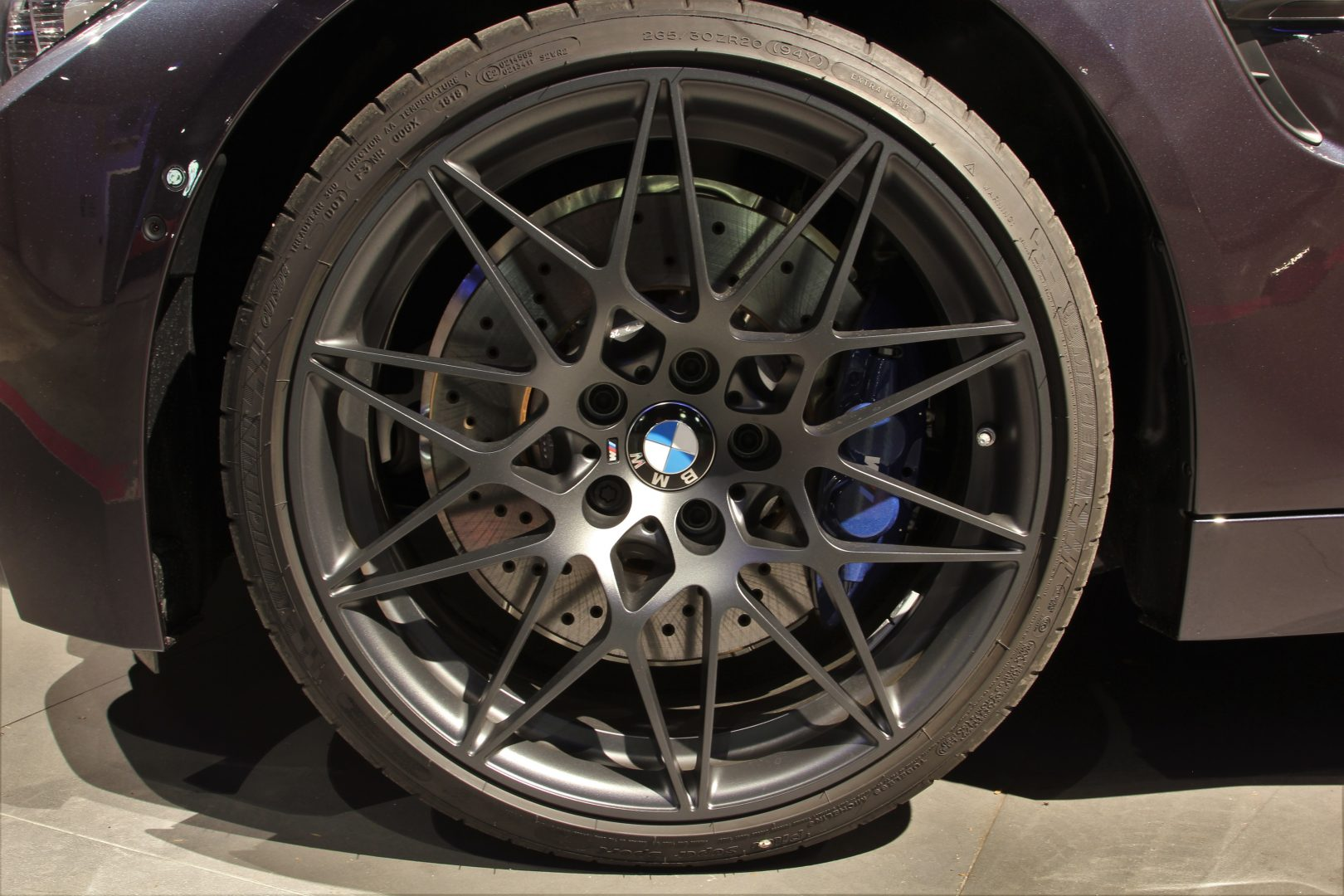 AIL BMW M4 Cabrio Edition 30 Jahre LED  13