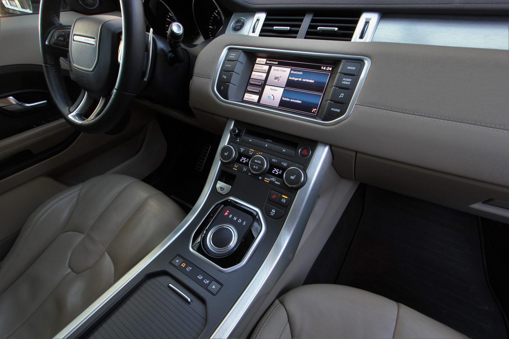 AIL Land Rover Range Rover Evoque Pure 11