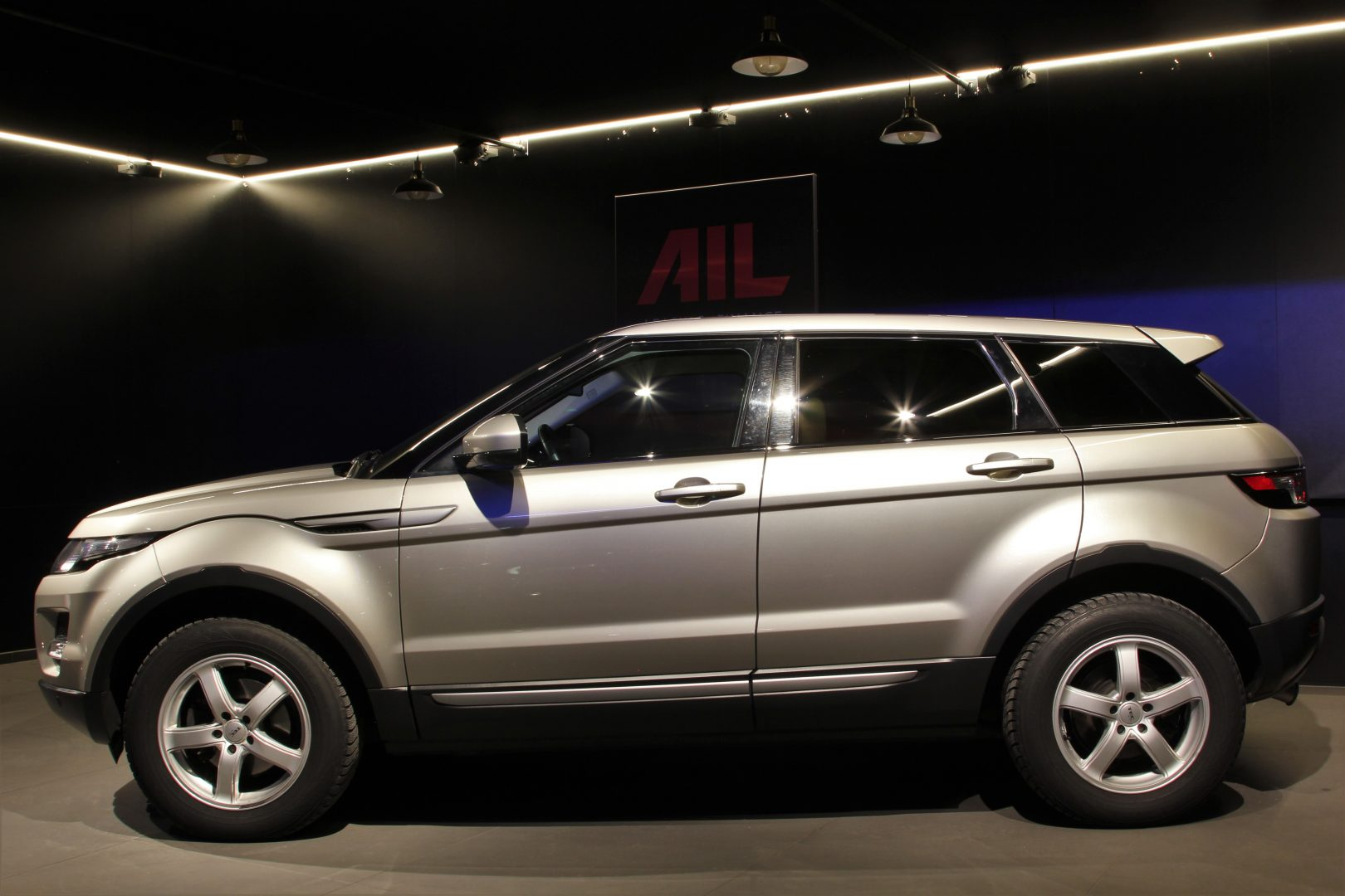 AIL Land Rover Range Rover Evoque Pure 6