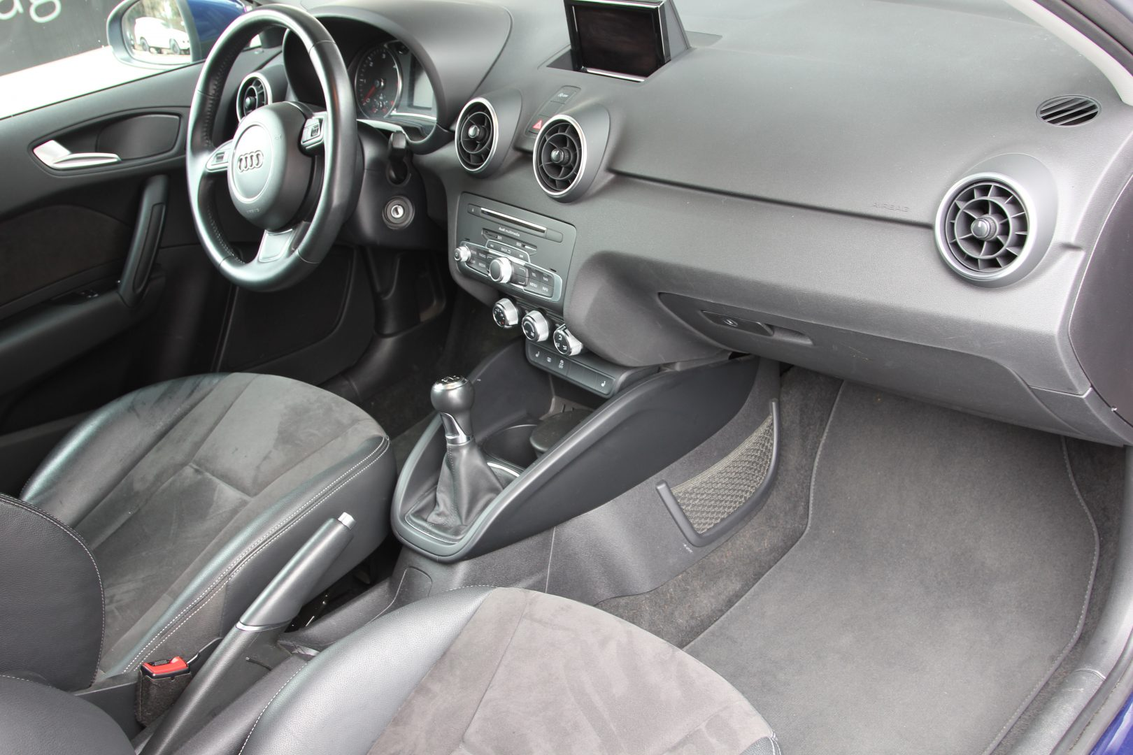 AIL Audi A1 basis 3