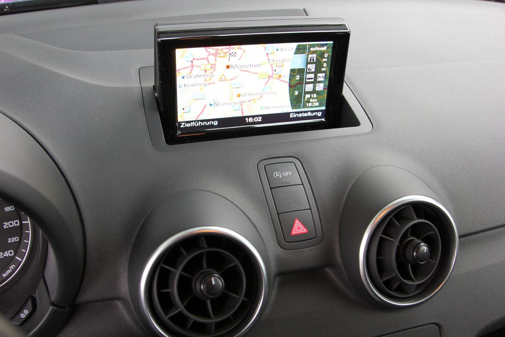 AIL Audi A1 basis 12