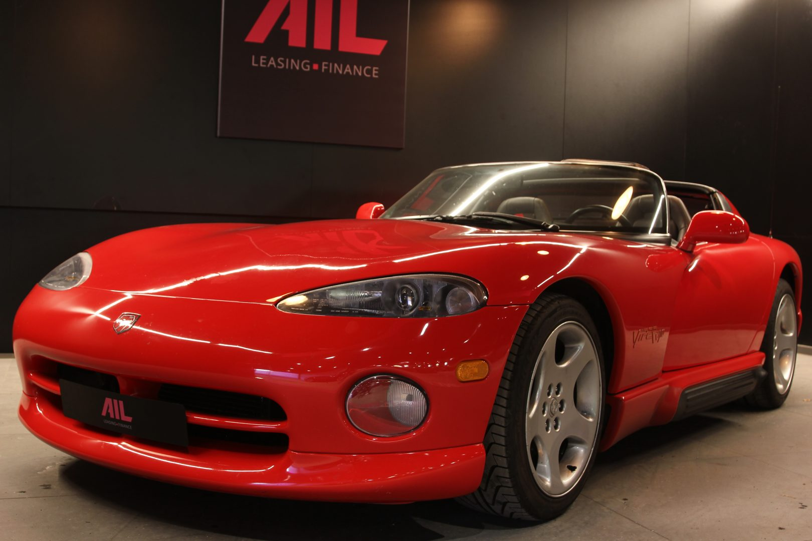 AIL Dodge Viper RT/10 9