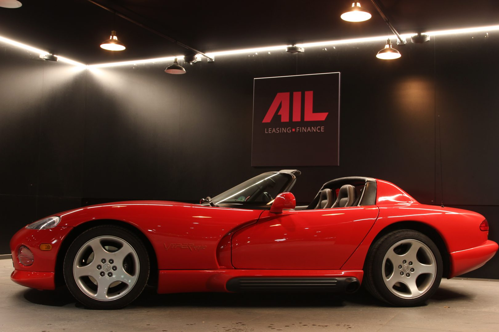 AIL Dodge Viper RT/10 5