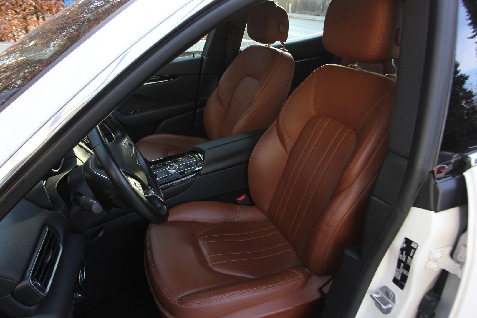 AIL Maserati Levante S  13