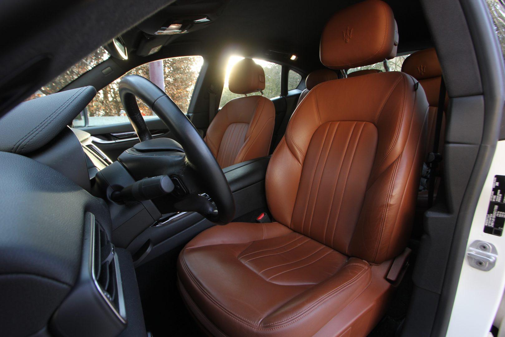 AIL Maserati Levante S  3