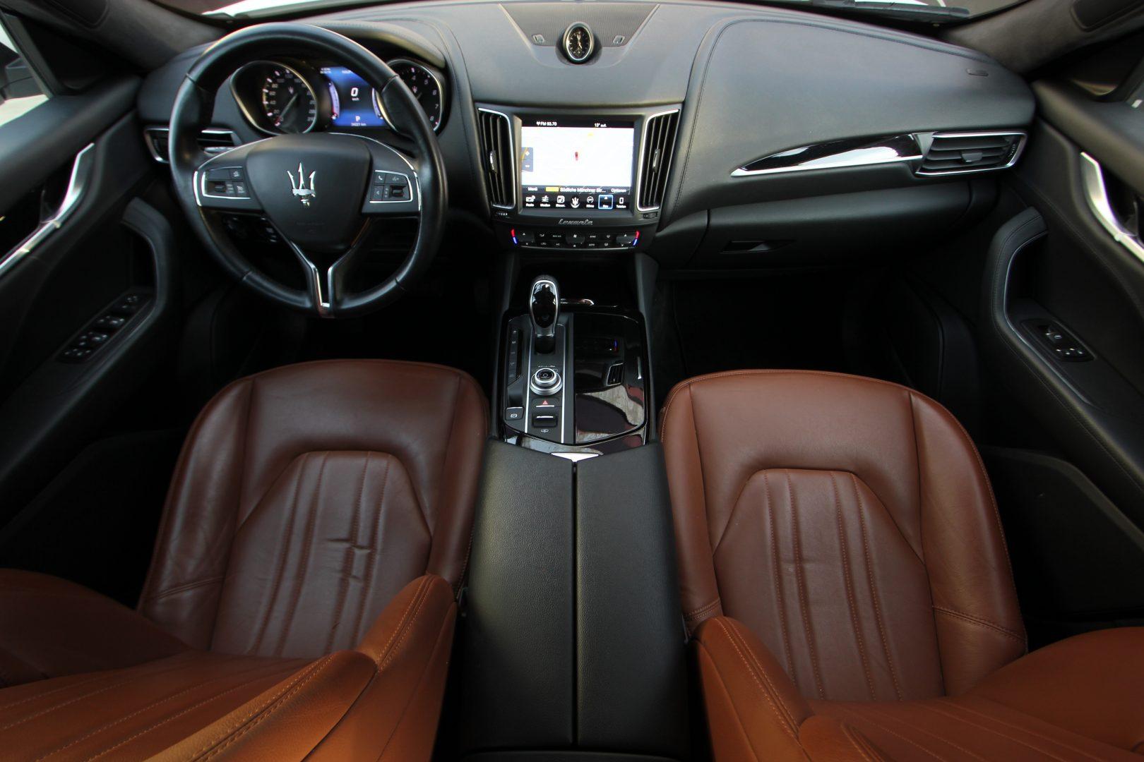 AIL Maserati Levante S  7