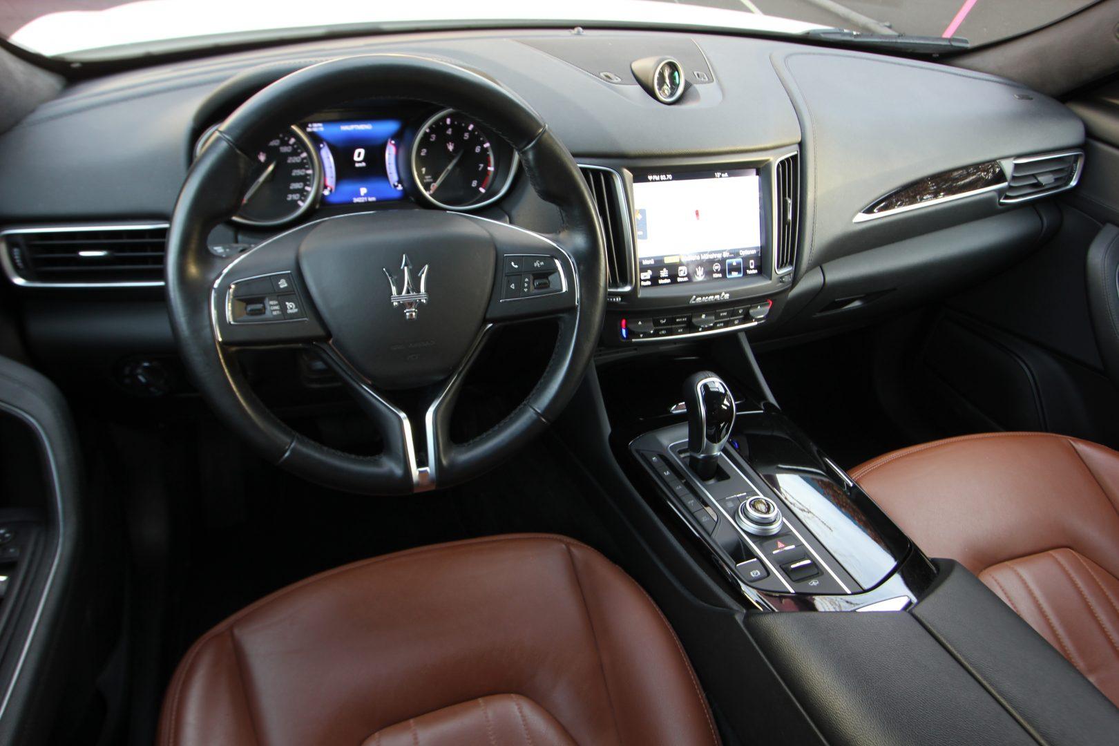 AIL Maserati Levante S  9