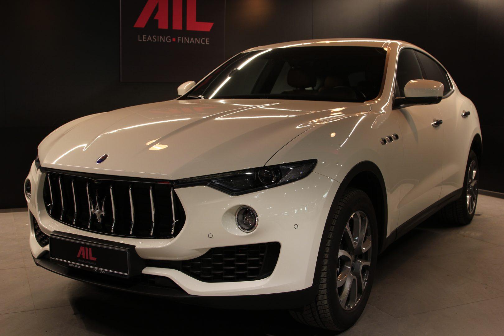 AIL Maserati Levante S  11