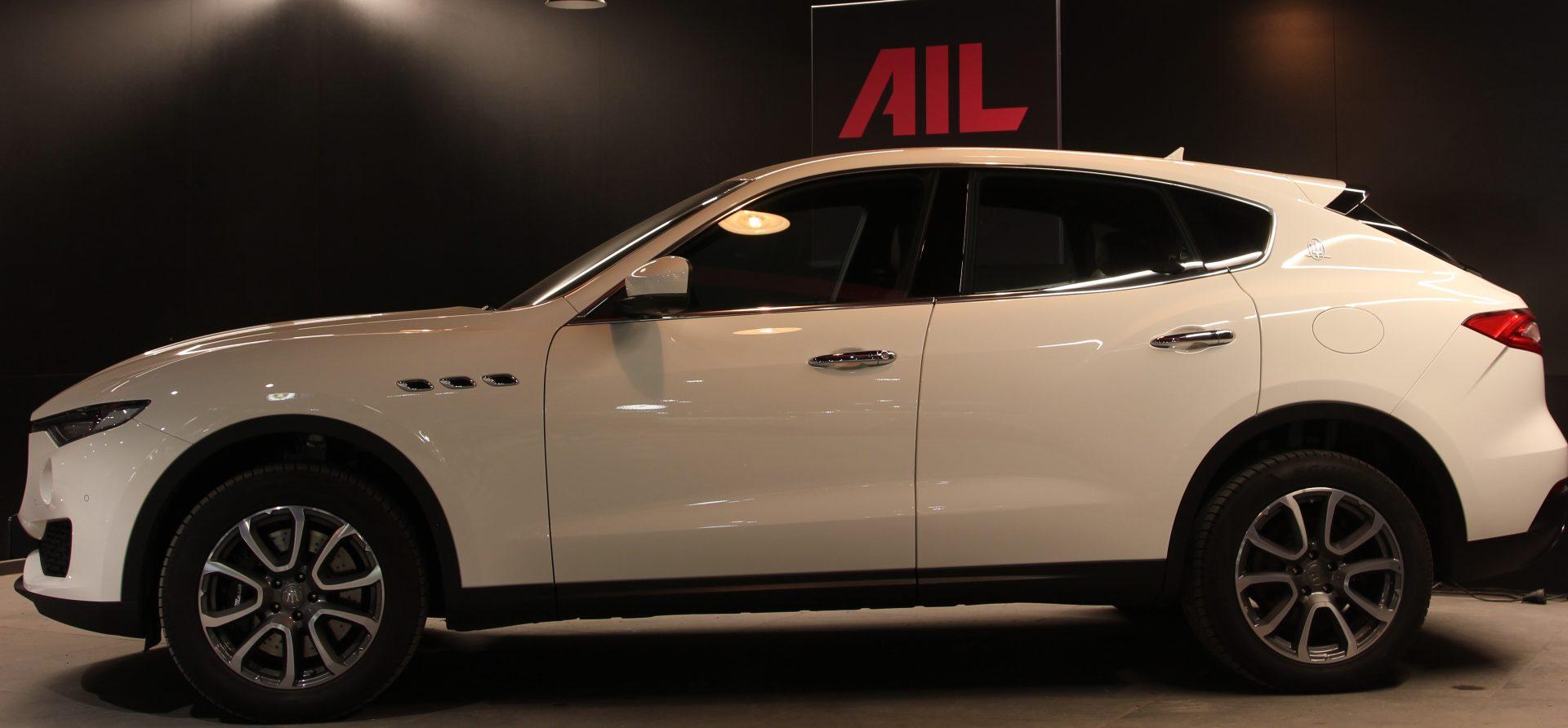 AIL Maserati Levante S  2