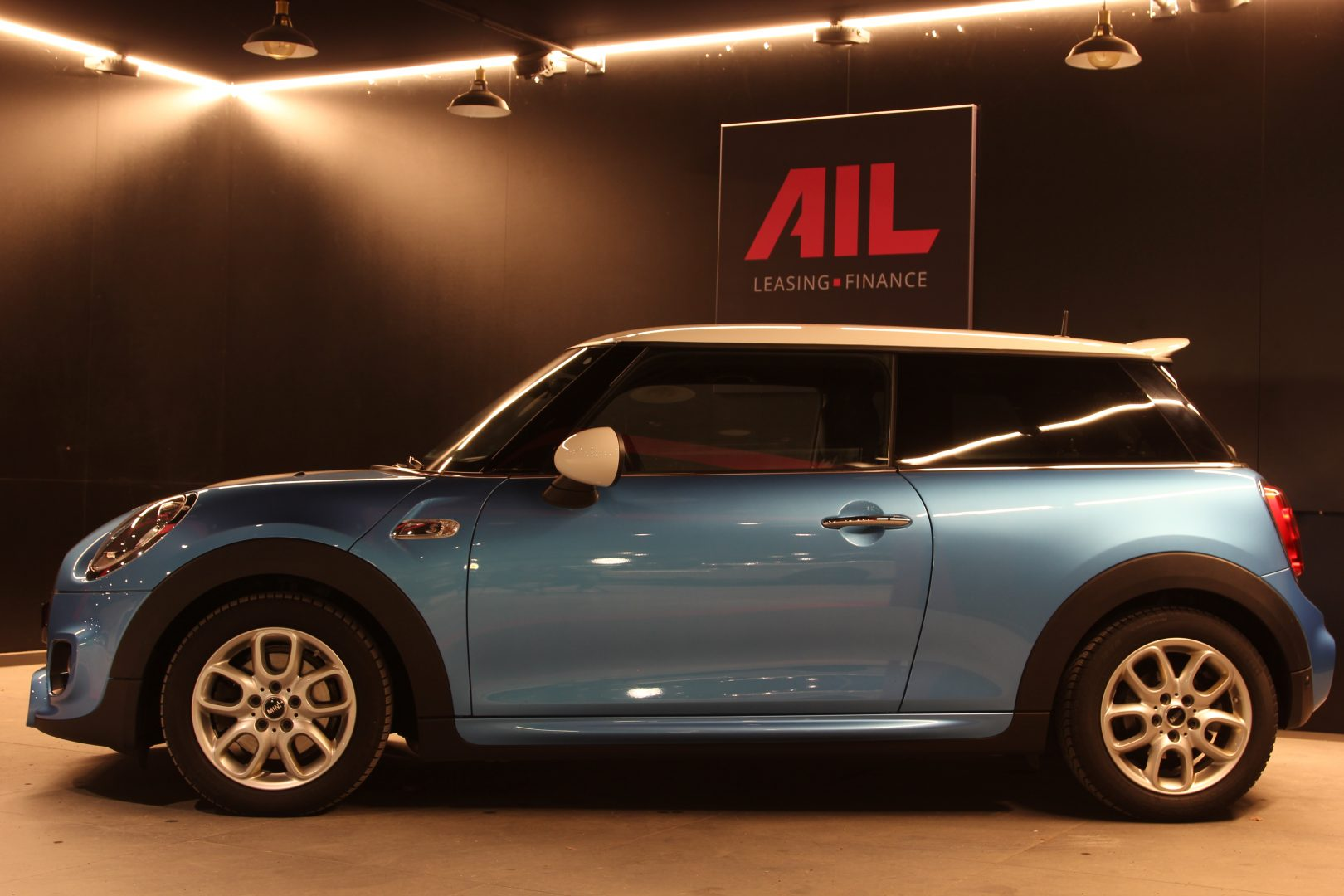 AIL MINI MINI Cooper SD 9