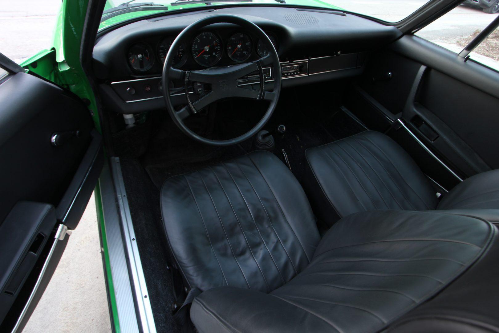 AIL Porsche 911 T 2,4 2