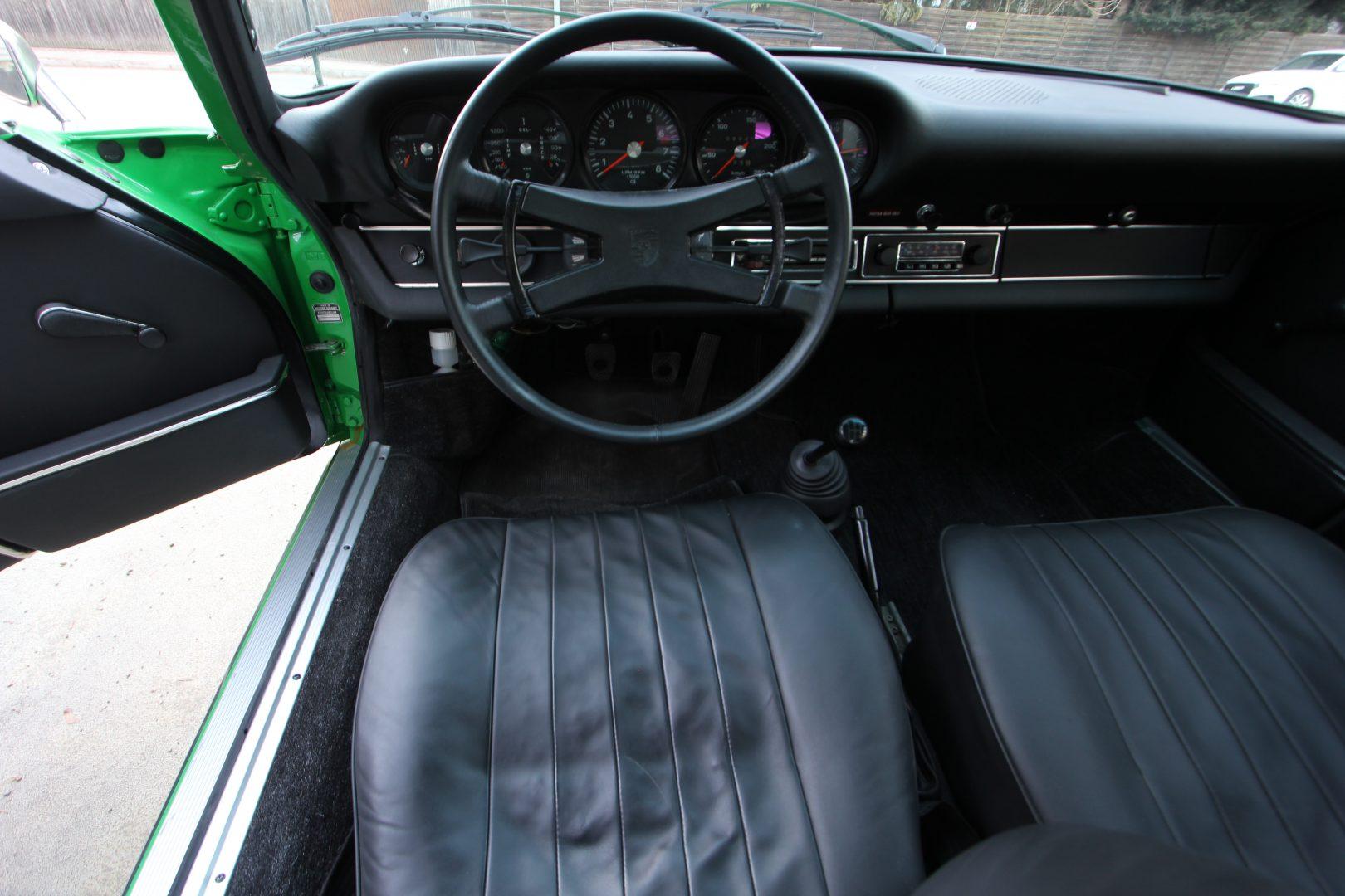 AIL Porsche 911 T 2,4 8