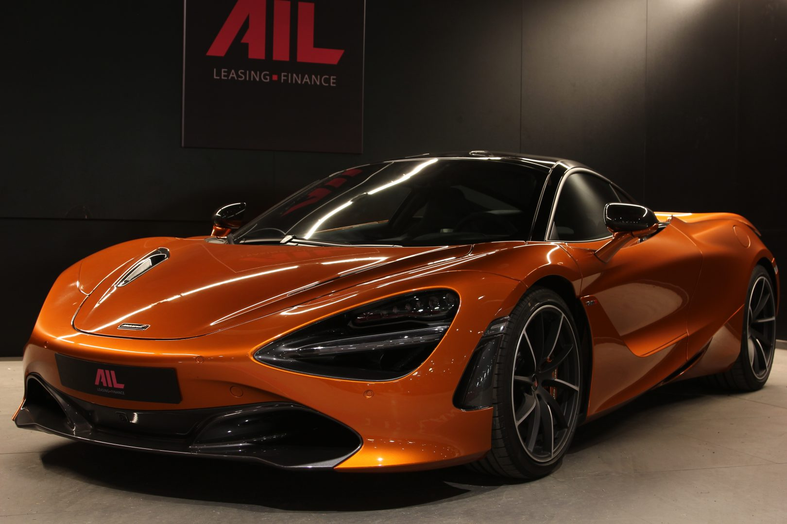 AIL McLaren 720S Performance 1
