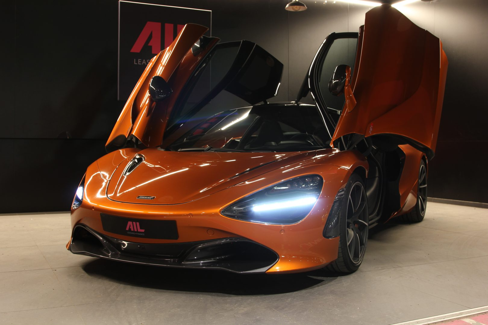 AIL McLaren 720S Performance 12