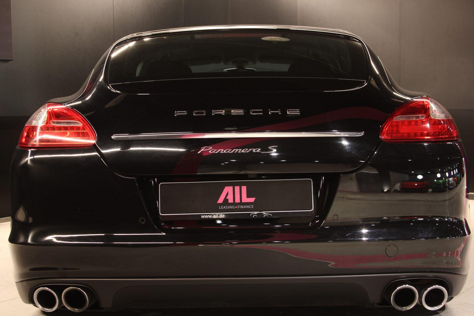 AIL Porsche Panamera S  11