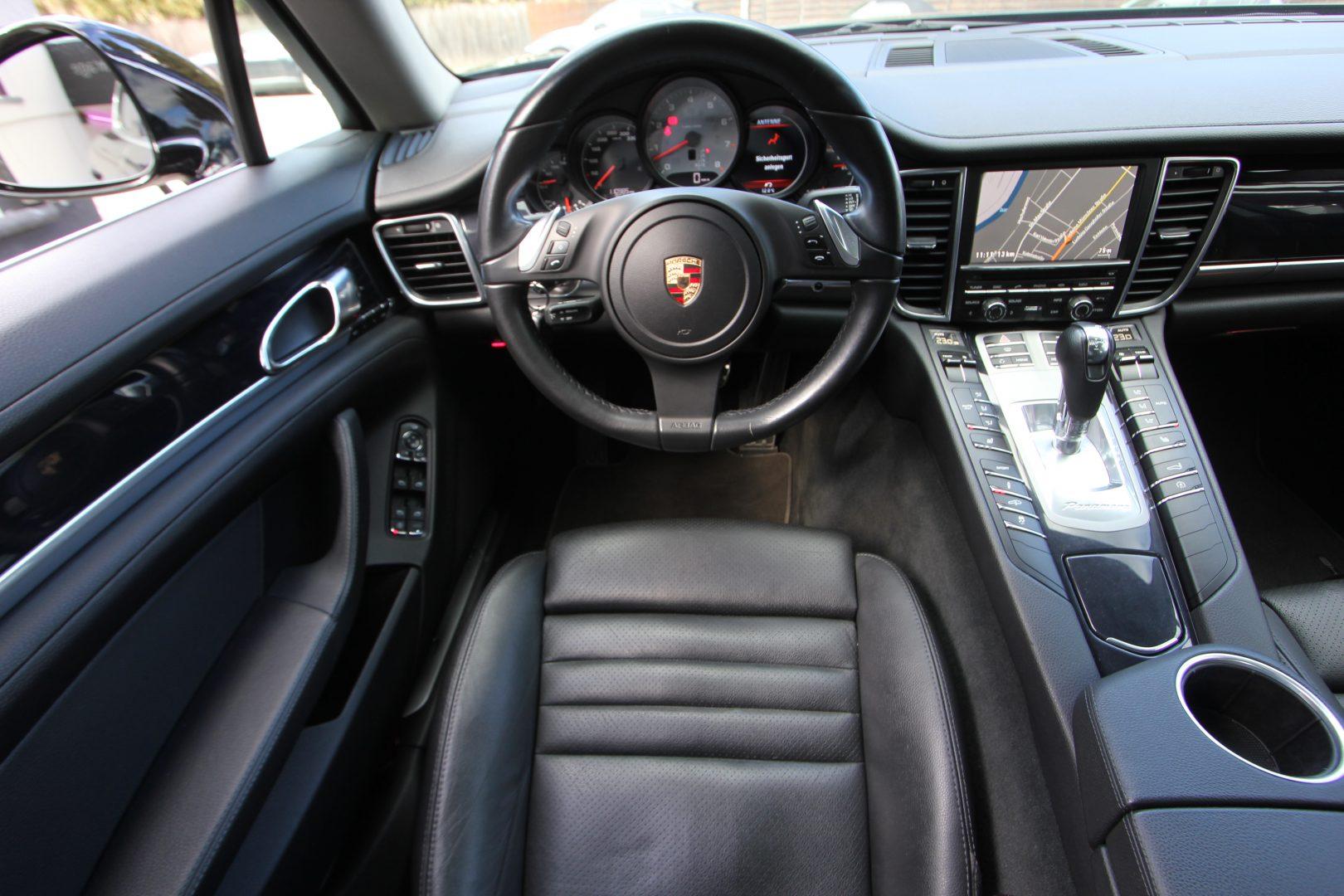 AIL Porsche Panamera S  1