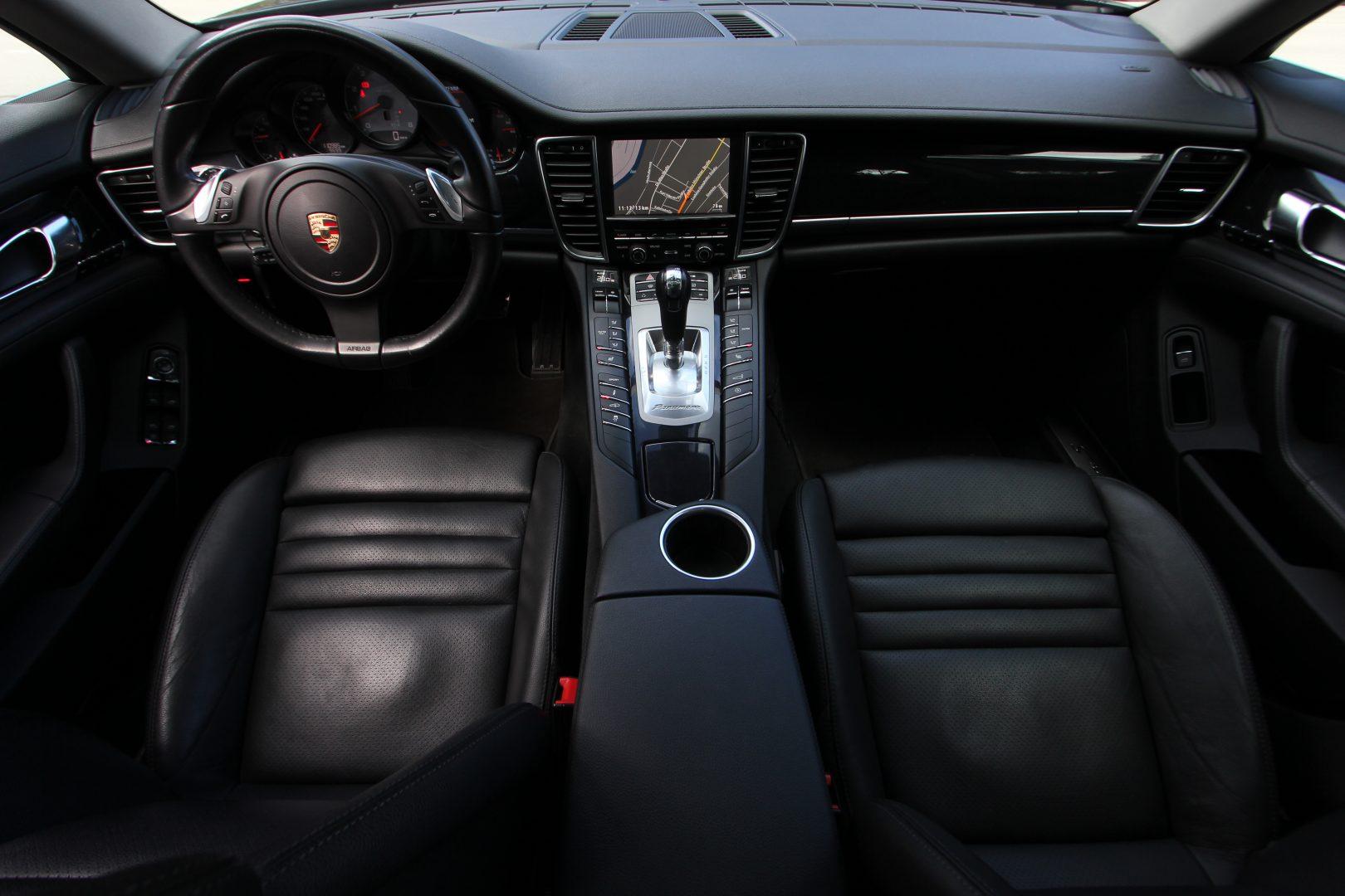 AIL Porsche Panamera S  13