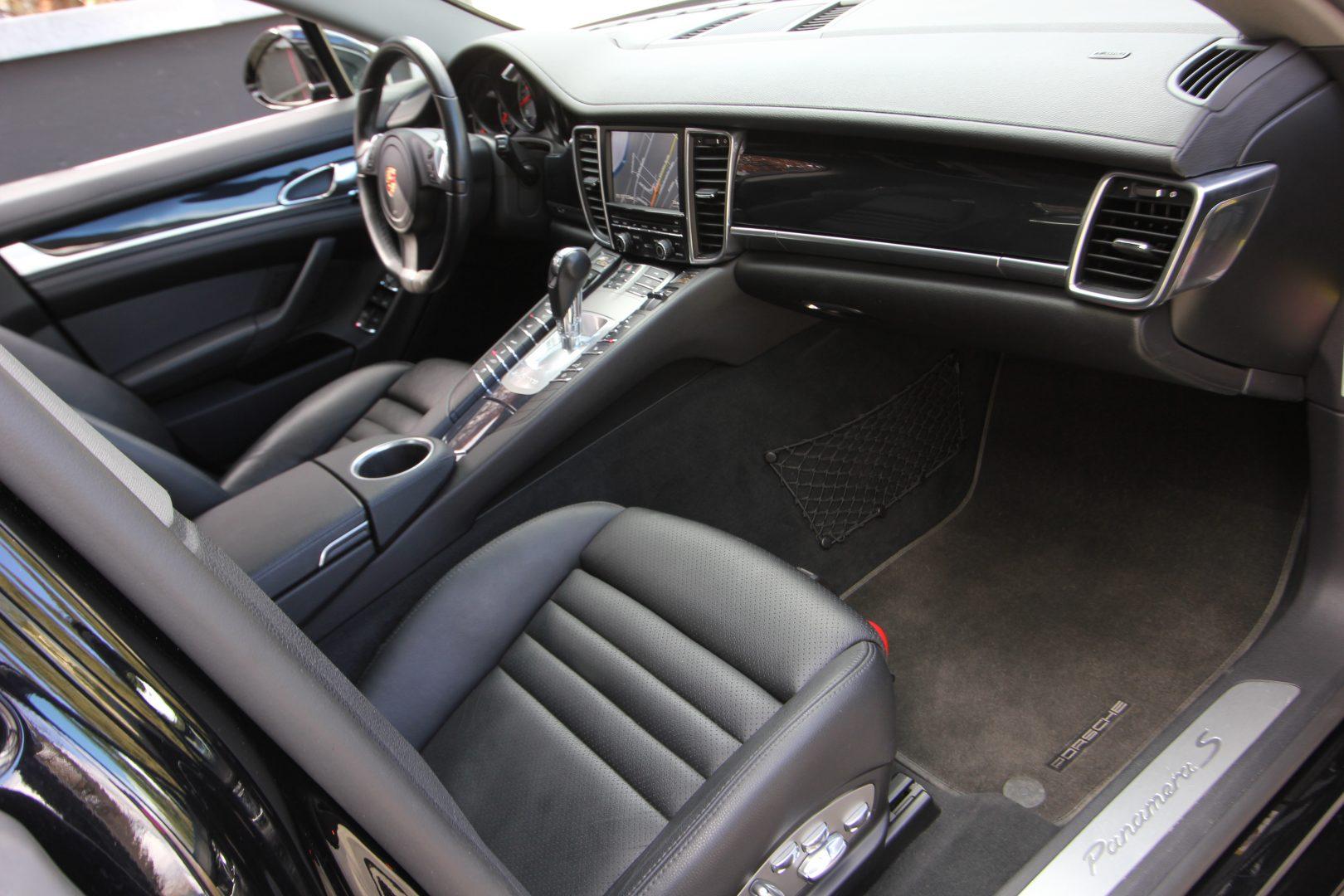 AIL Porsche Panamera S  2