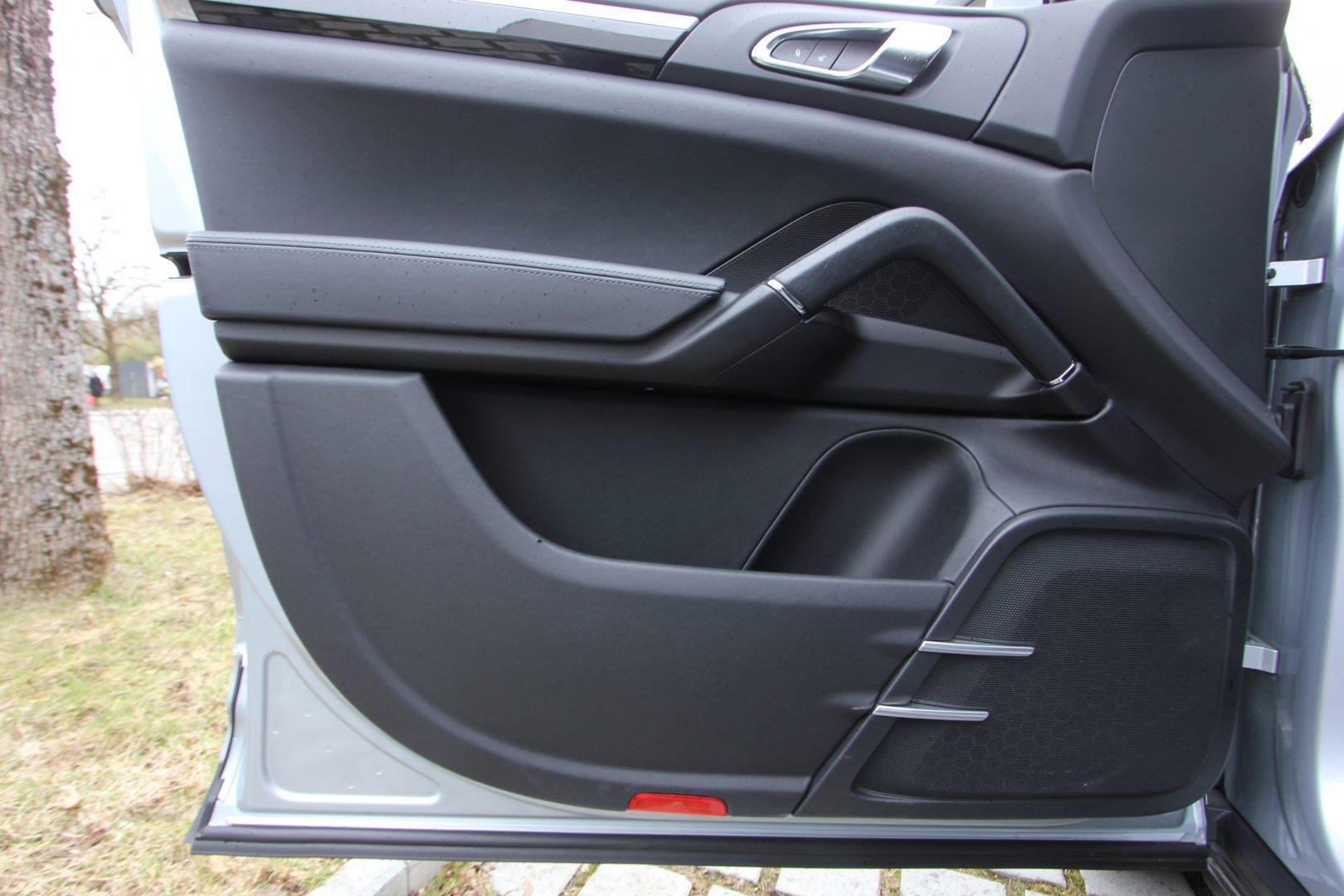 AIL Porsche Cayenne Diesel  10