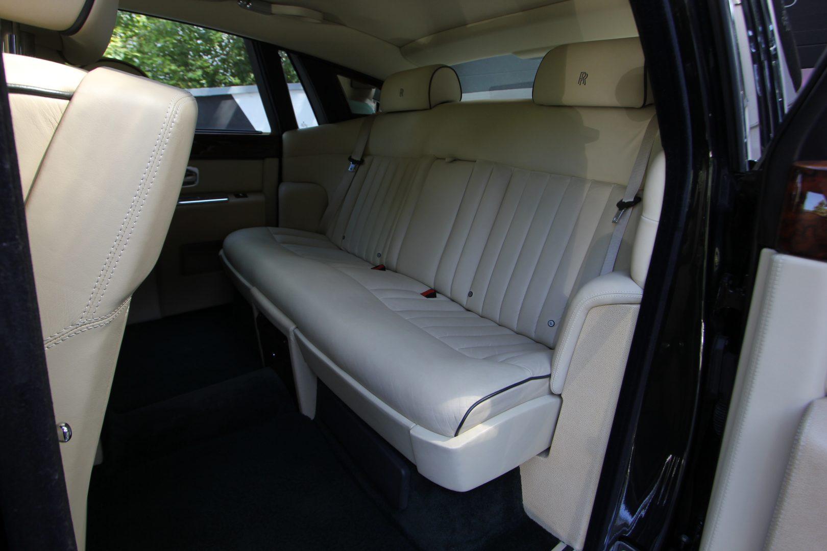 AIL Rolls Royce Phantom  9