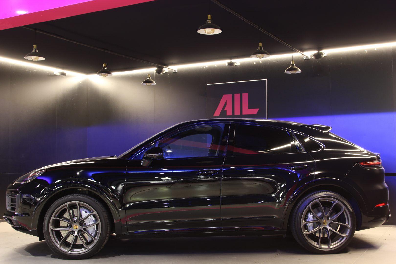 AIL Porsche Cayenne Turbo Coupe LED Matrix  Carbon 7