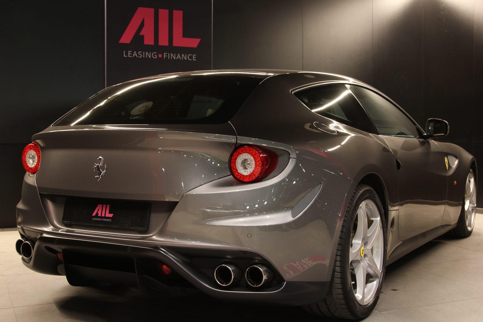 AIL Ferrari FF Grigio Lift Carbon-Paket  3