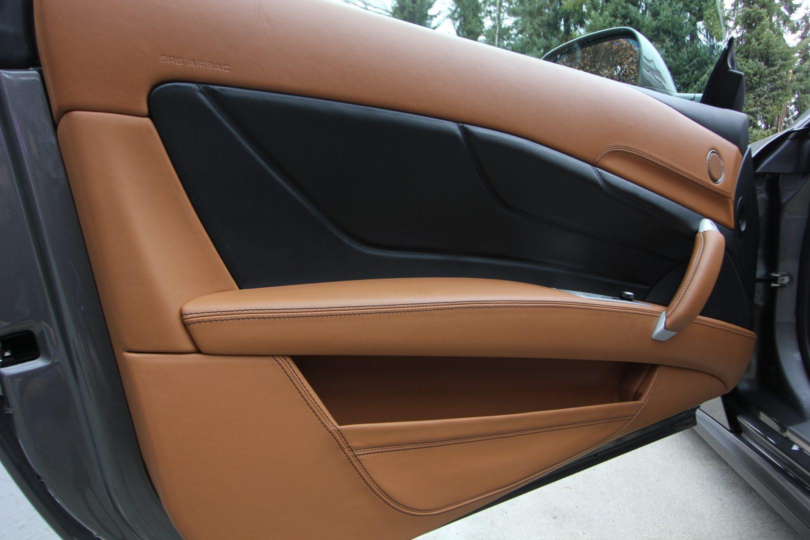AIL Ferrari FF Grigio Lift Carbon-Paket  11