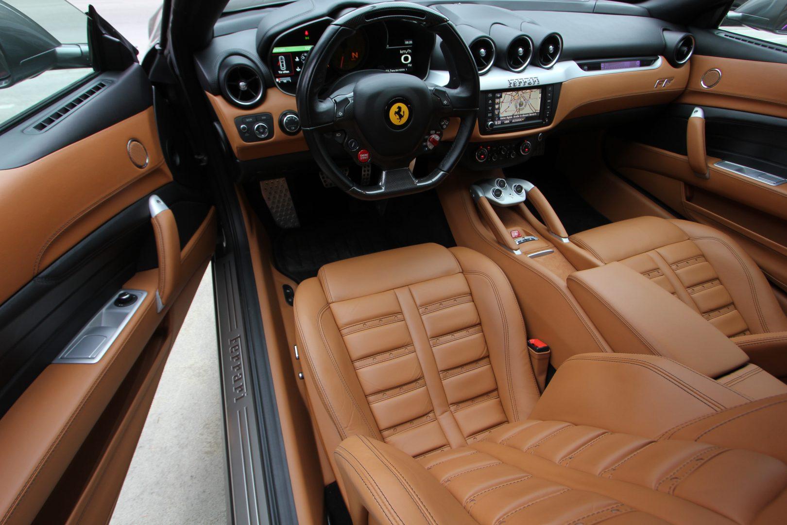 AIL Ferrari FF Grigio Lift Carbon-Paket  6