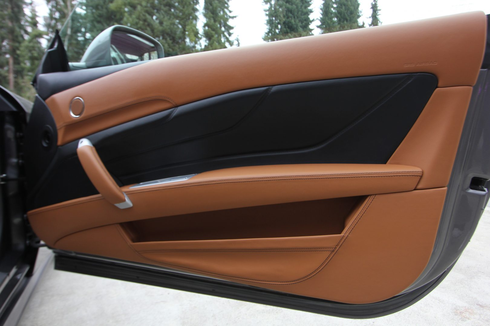 AIL Ferrari FF Grigio Lift Carbon-Paket  7