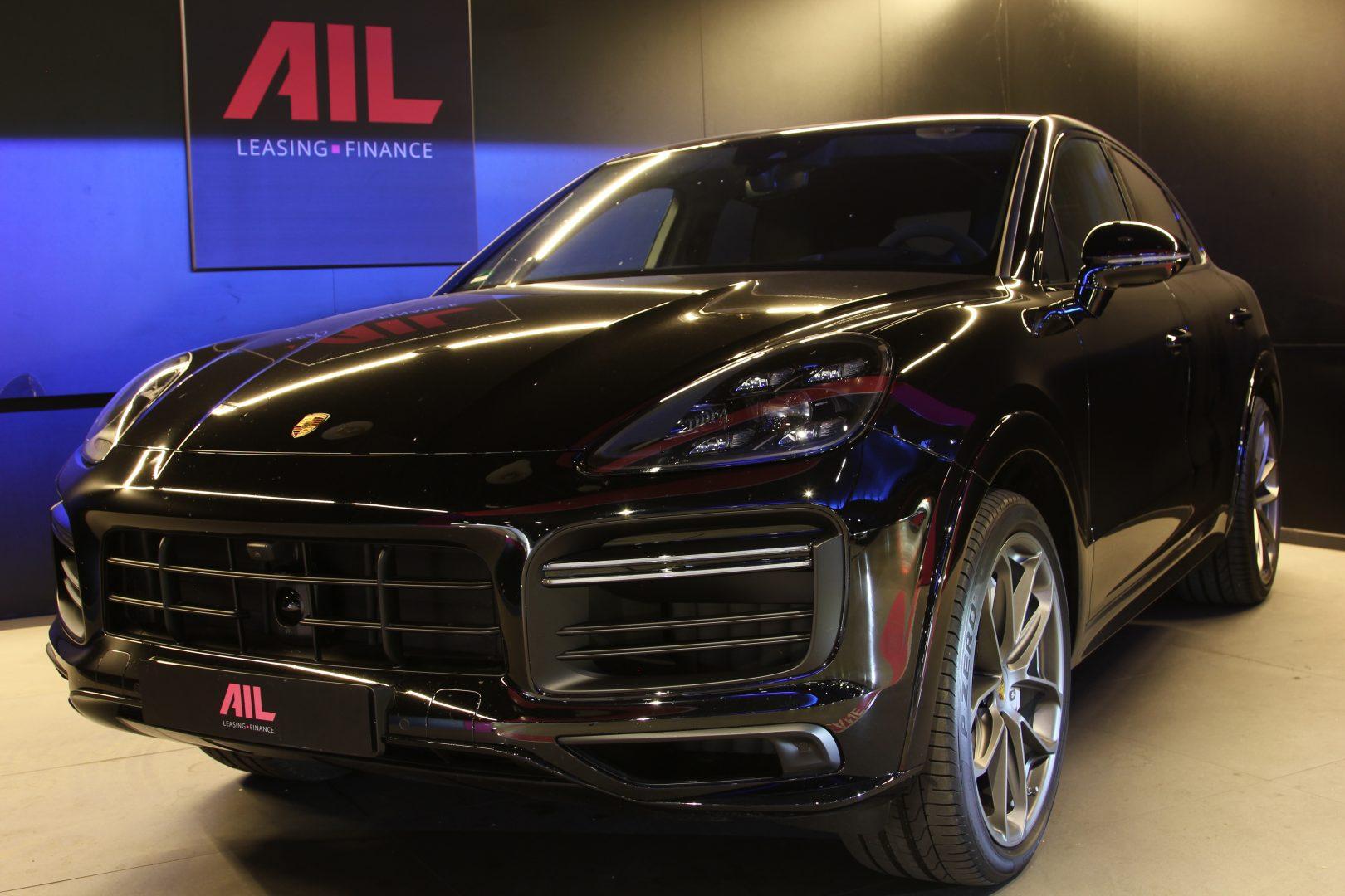AIL Porsche Cayenne Turbo Coupe LED Matrix  Carbon 14