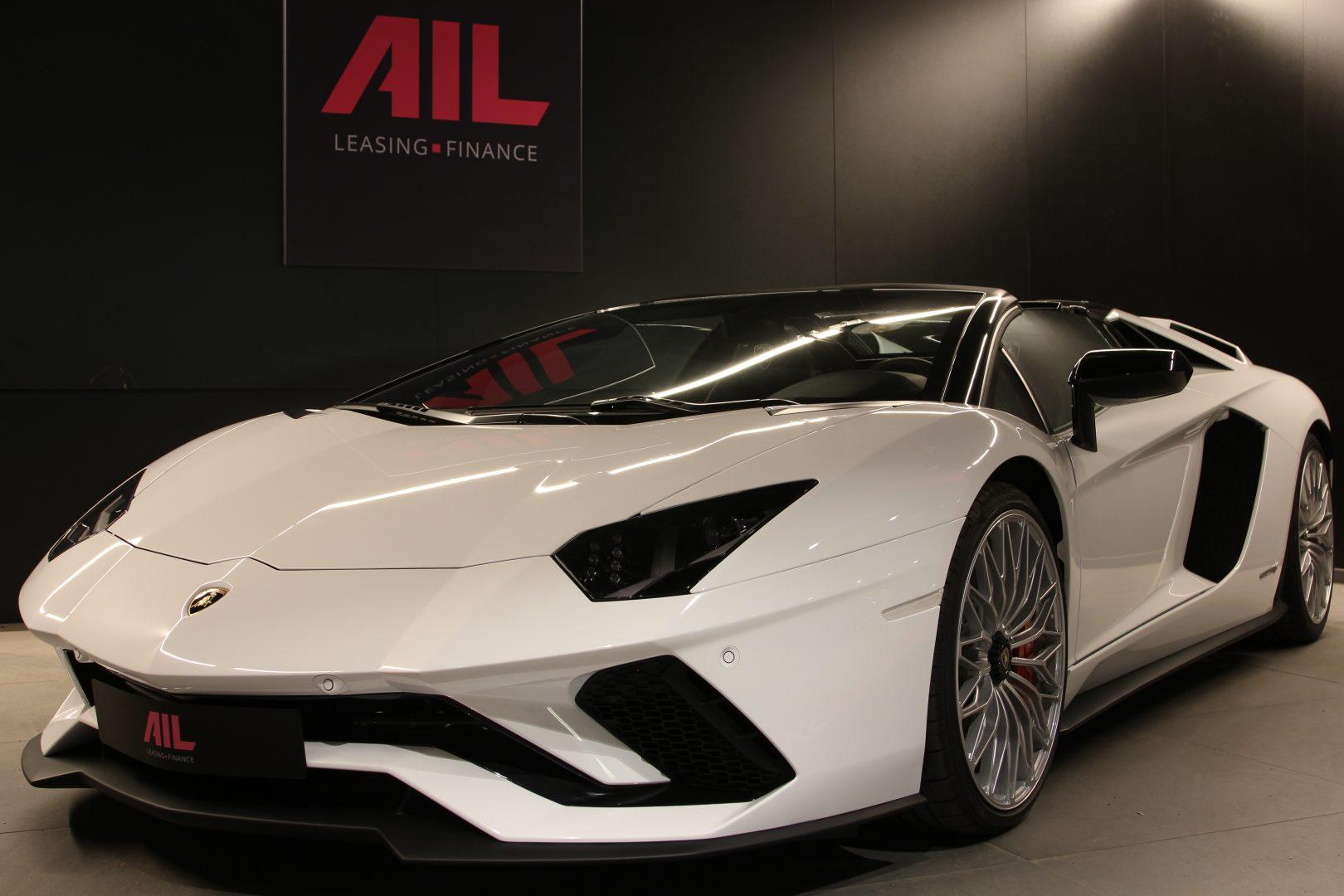 AIL Lamborghini Aventador S Roadster 8