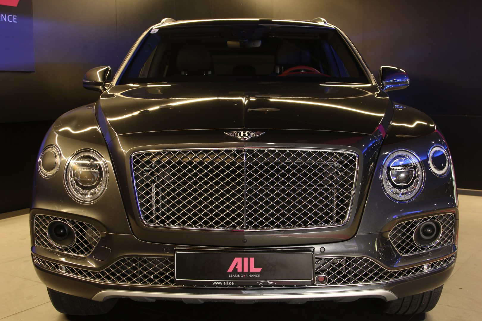 AIL Bentley Bentayga V12 Bi-Turbo RSE Panorama DAB 2
