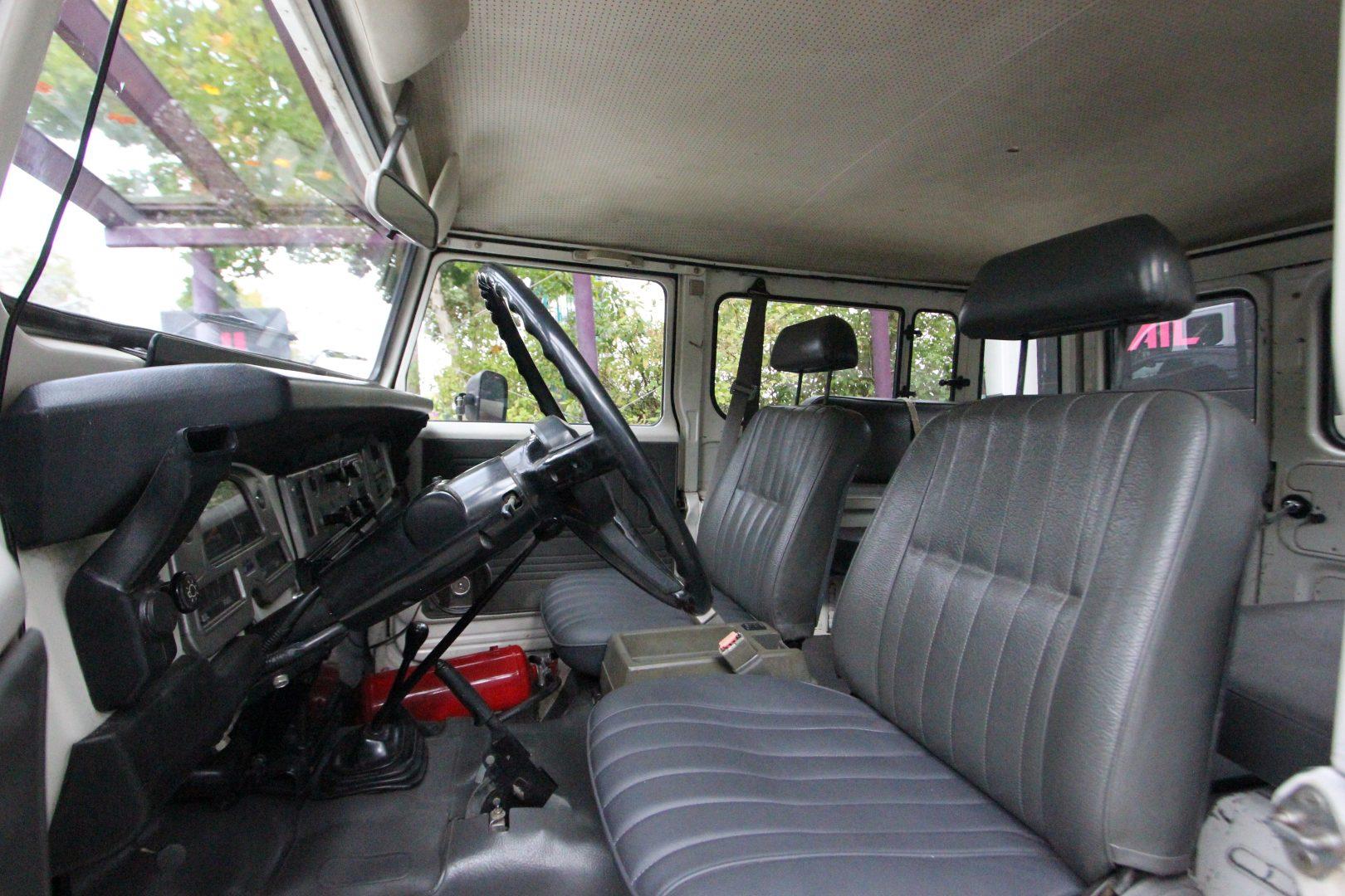 AIL Toyota Landcruiser  4