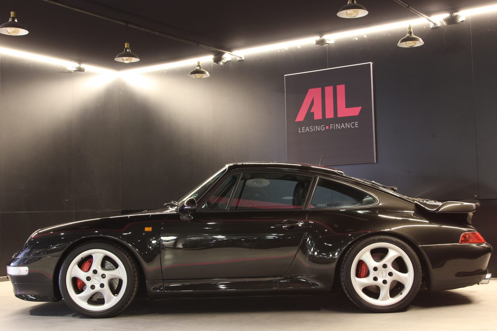 AIL Porsche 993 Turbo  10