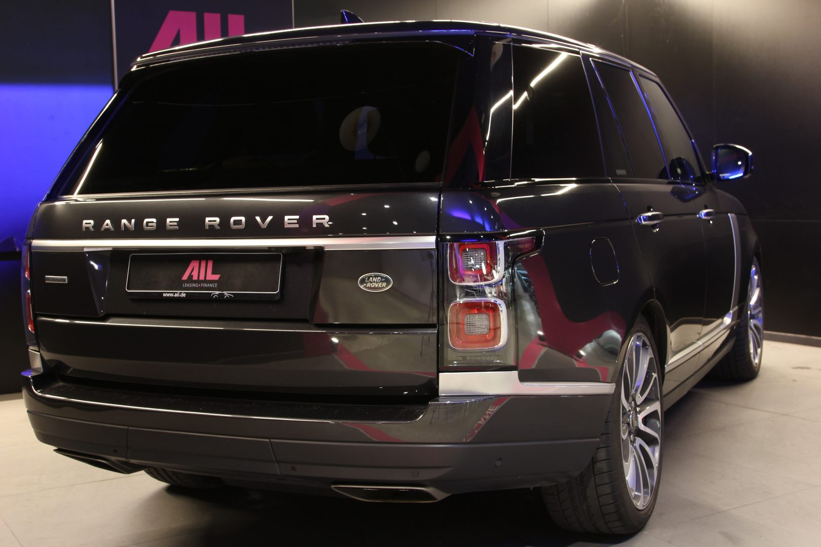 AIL Land Rover Range Rover SDV8 Autobiography 3