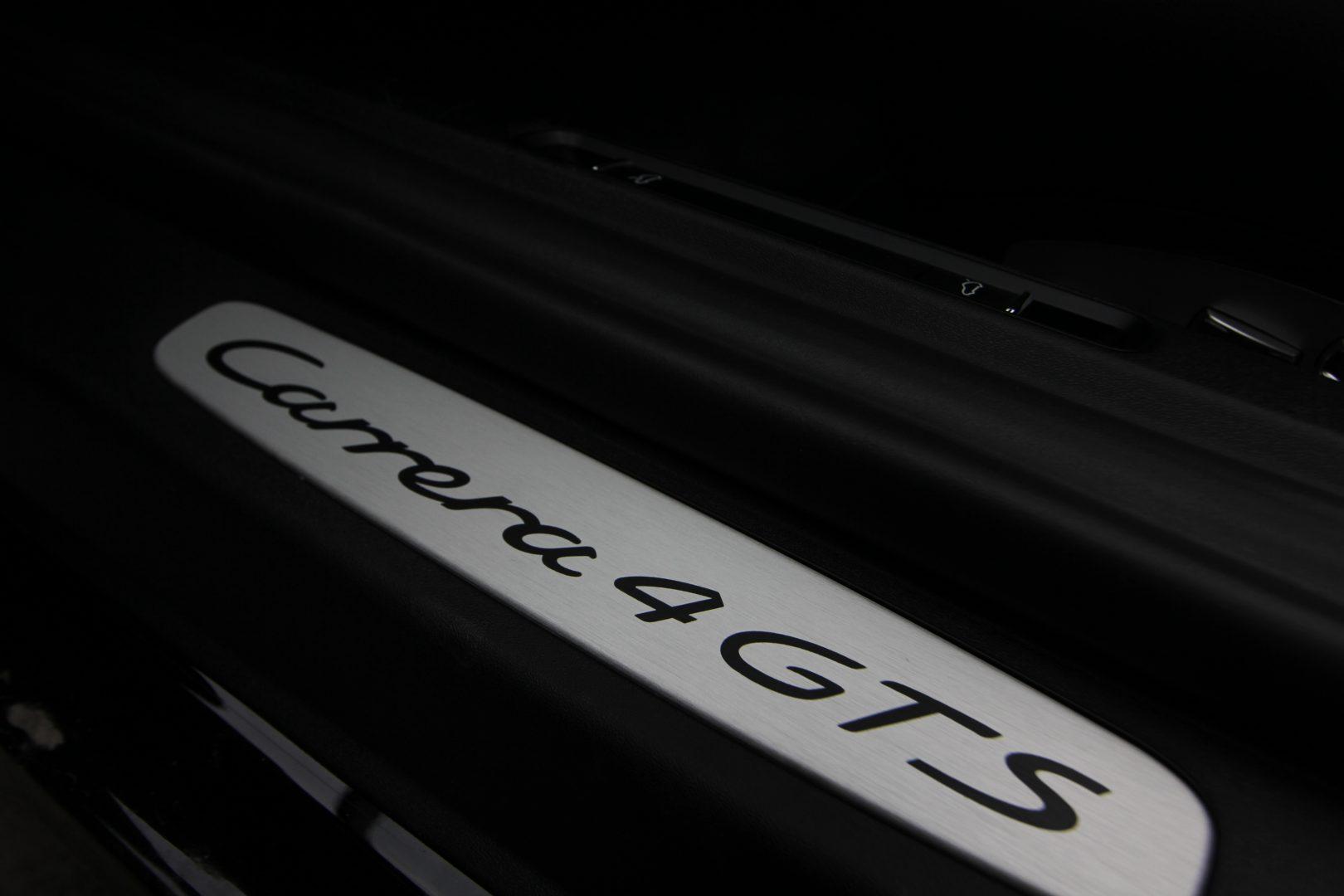 AIL Porsche 991 4 GTS Cabriolet LED Burmester High-End 11