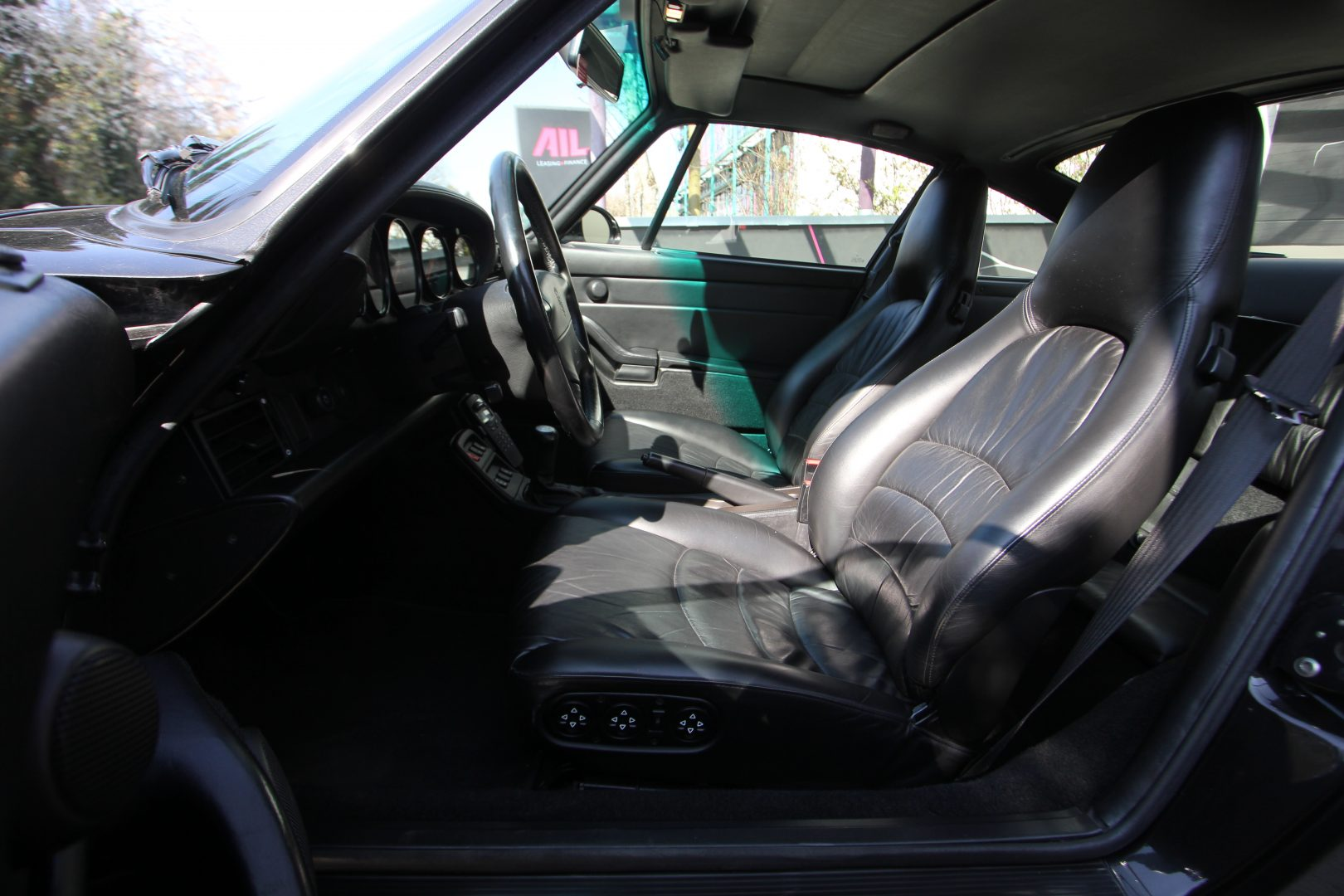 AIL Porsche 993 Turbo  4