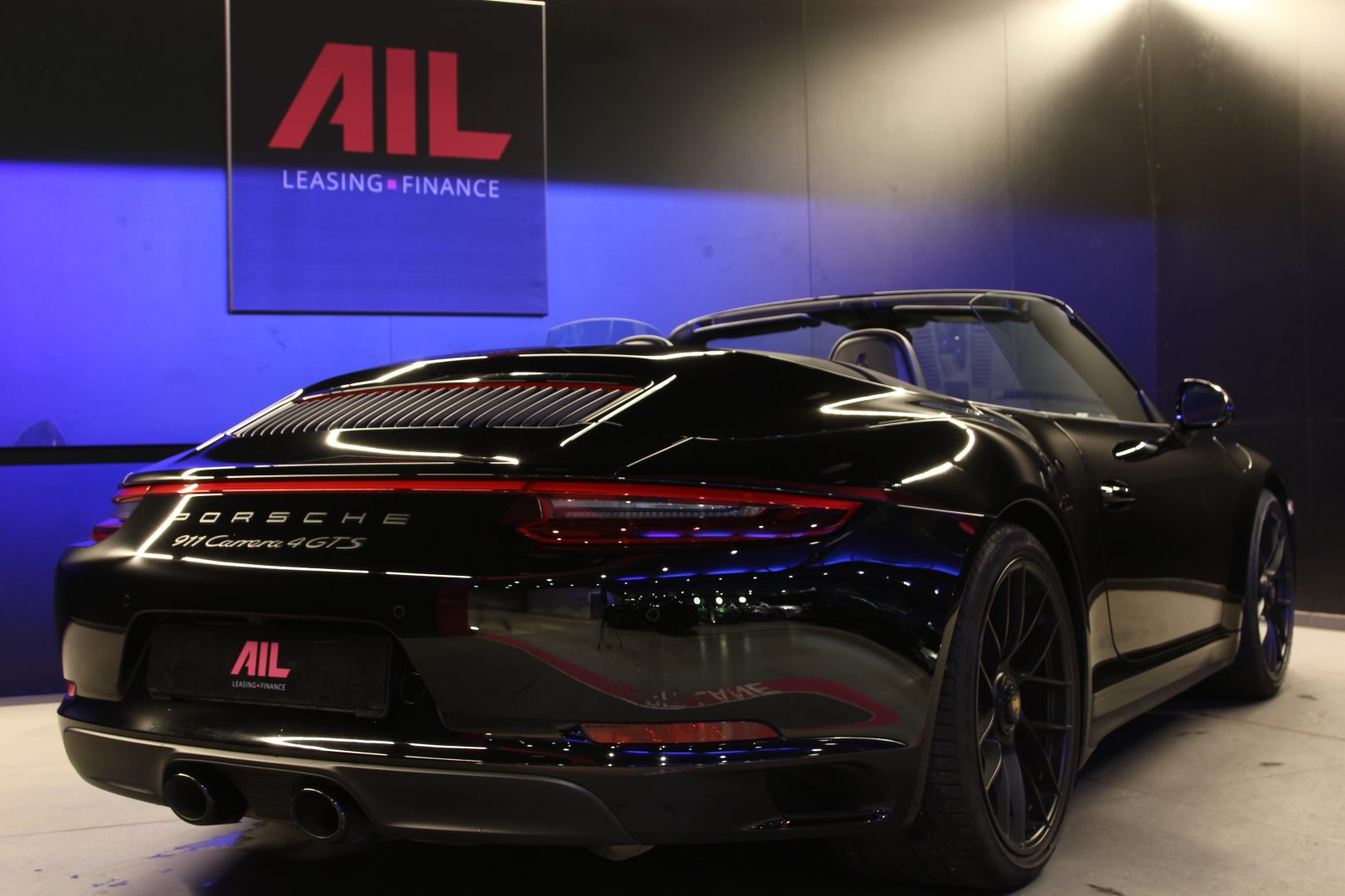 AIL Porsche 991 4 GTS Cabriolet LED Burmester High-End 9