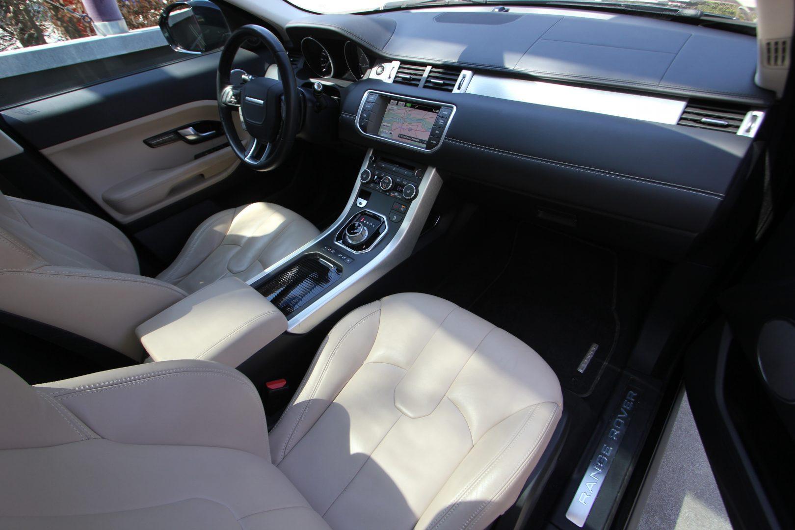 AIL Land Rover Range Rover Evoque Prestige 9