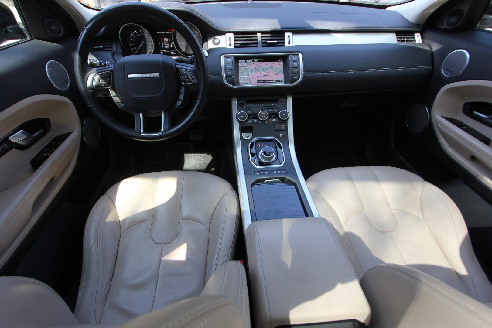 AIL Land Rover Range Rover Evoque Prestige 11