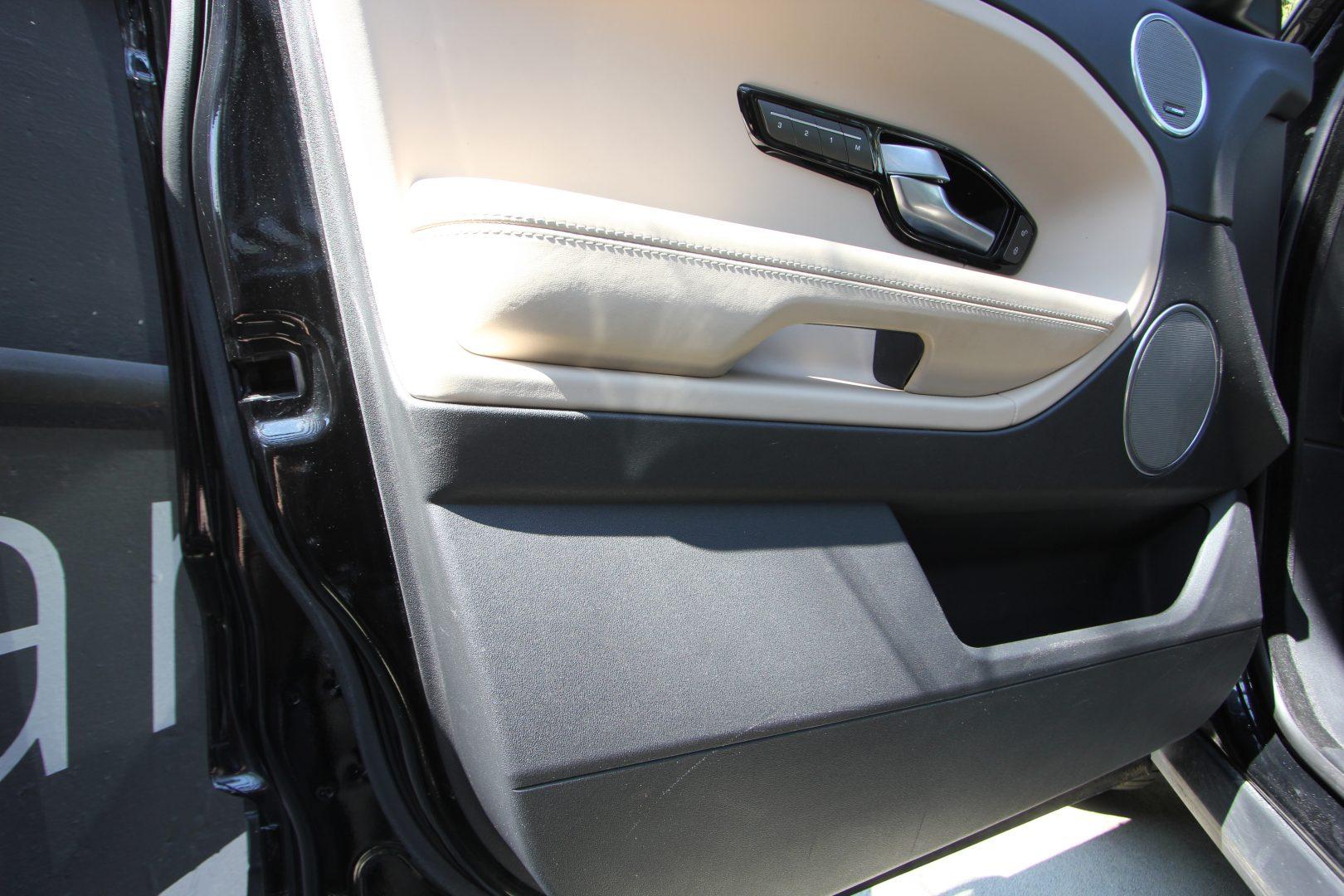 AIL Land Rover Range Rover Evoque Prestige 14