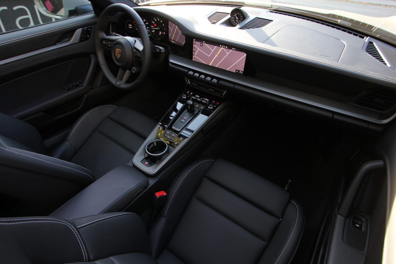 AIL Porsche 992 4S Cabriolet MATRIX Bose 8