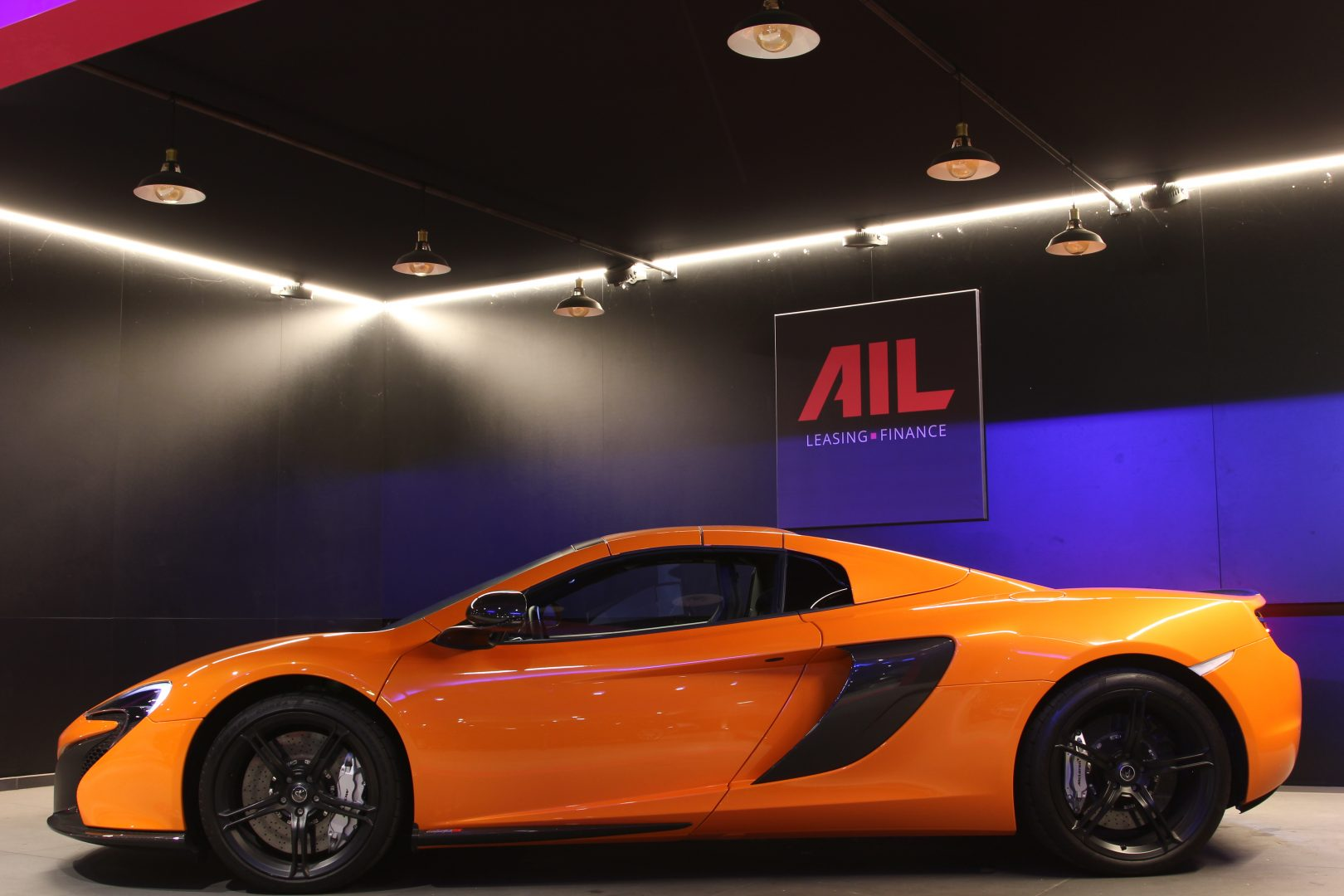AIL McLaren 650S Spider Carbon Paket  17