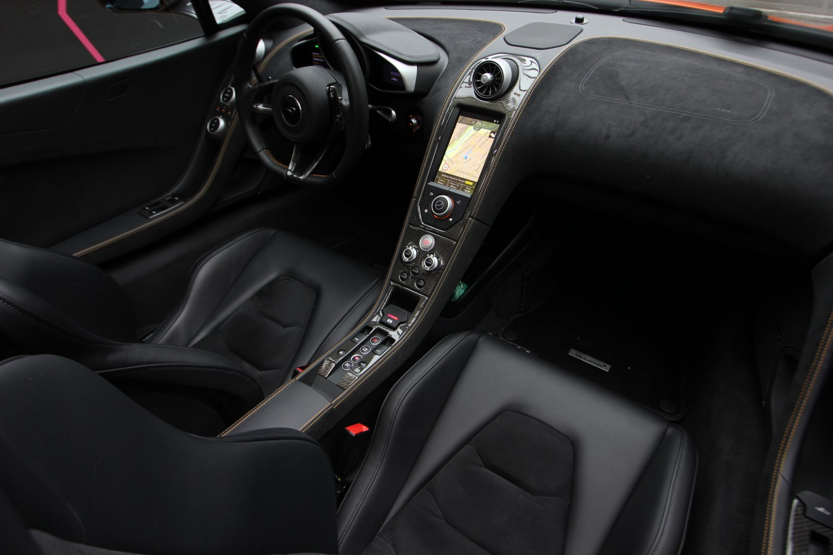 AIL McLaren 650S Spider Carbon Paket  10