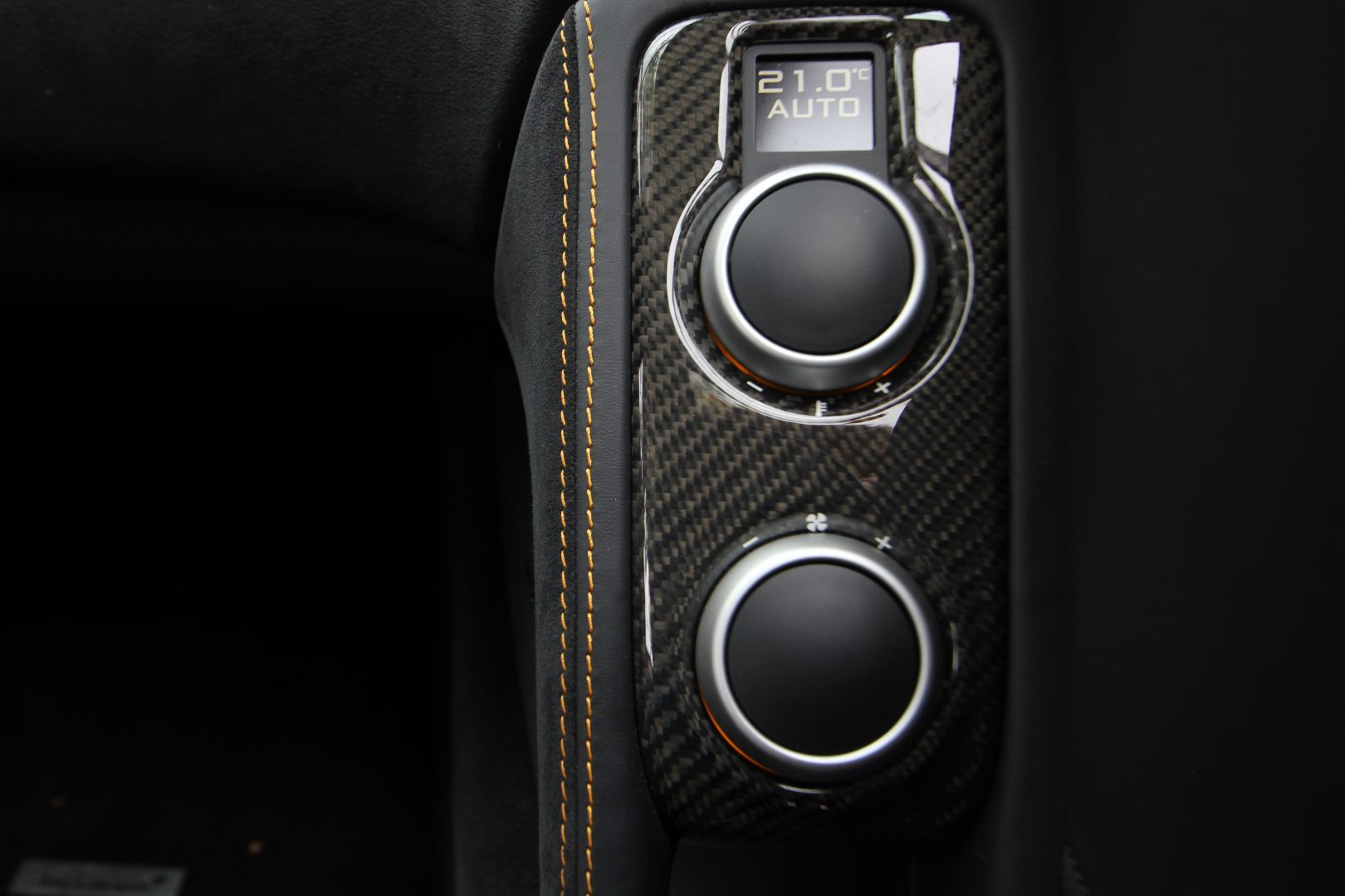AIL McLaren 650S Spider Carbon Paket 14