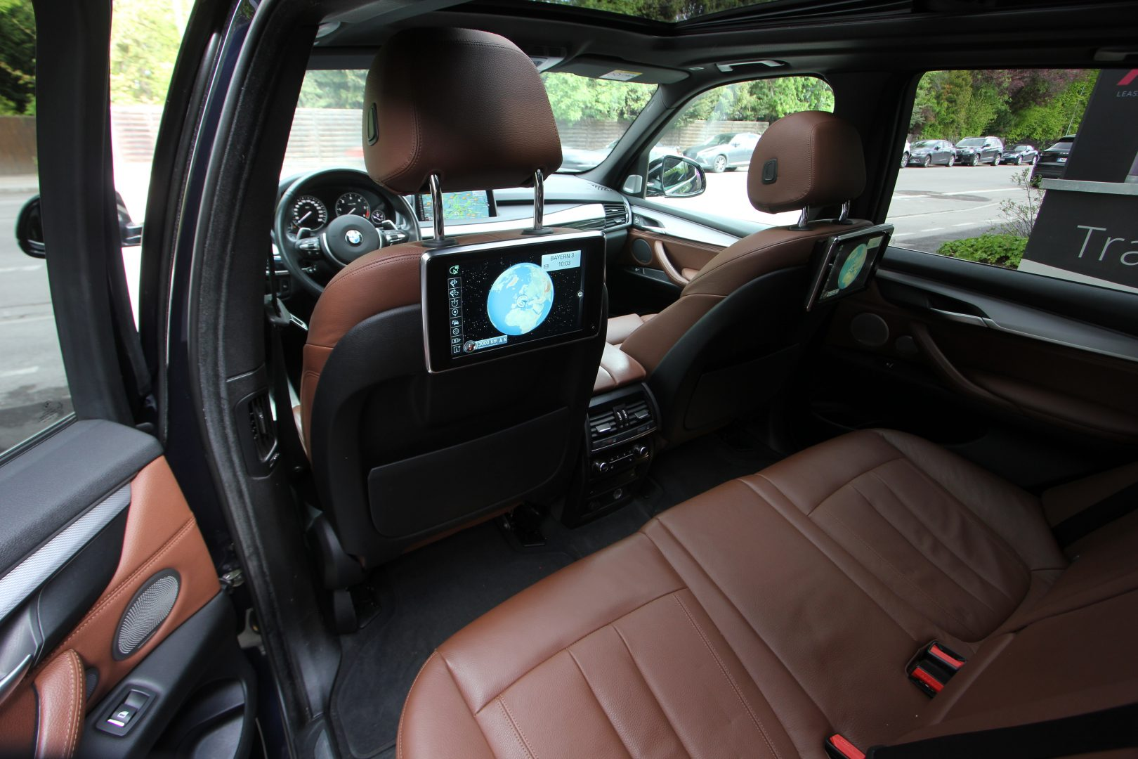 AIL BMW X5 M50d Bang & Olufsen Panorama RSE 10